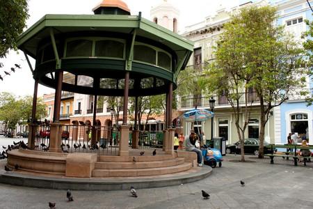 Plaza de Armas, Old San Juan | © Prayitno/flickr