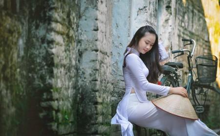 Vietnam's national costume | © twintiger007/Flickr