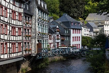 Monschau Old Town   © niekverlaan / Pixabay