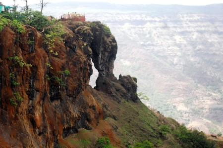 Needle Hole Point, Mahabaleshwar   © Rishabh Tatiraju/WikiCommons