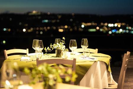 Dinner Table | © Bob Eastmen / Pexels