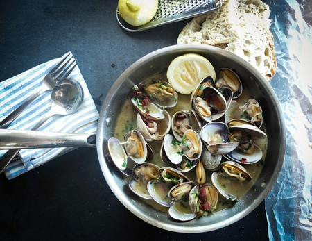 Clams in sauce