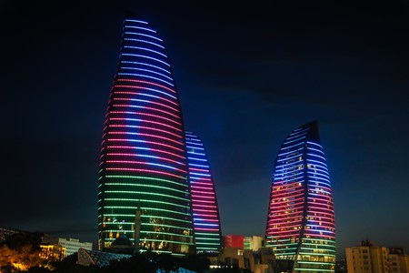 Baku's Flame towers with the Azerbaijan flag | © Kisov Boris/Shutterstock
