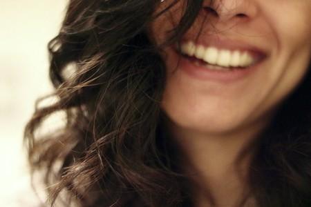 https://pixabay.com/en/smile-smiling-laughing-happy-girl-2607299/