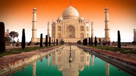 The Taj Mahal, Agra | © THARUN / WikiCommons