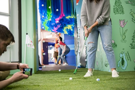 Test your golf skills at Sota Pop in downtown Minneapolis | Courtesy of Explore Minnesota