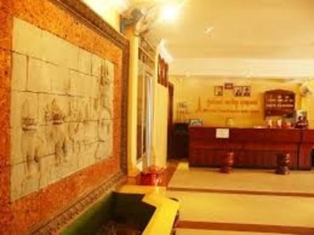 Tan Kimlong Guest House, National Road 6