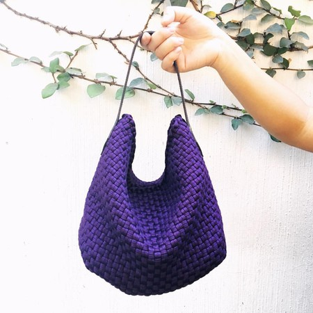 Rag2Riches handbag crafted by local artisans | Image courtesy of Rags2Riches,Inc.