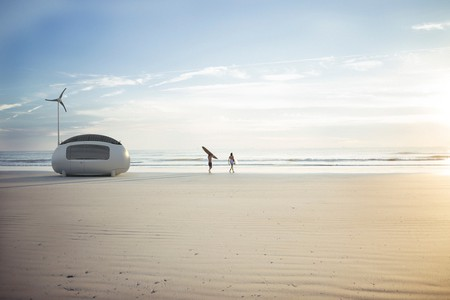 A new way to camp out on the beach © Ecocapsule.sk
