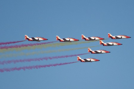 The Spanish airforce's aerial display | © Nils van der Burg/Flickr