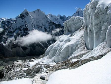 Island Peak Summit Attempt   © Paul/Flickr