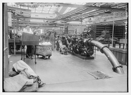 The New York Post Office's Pneumatic tube system | © The Library of Congress