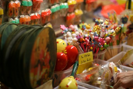 Malaysian souvenirs / (c) (c) Fan Yang/Flickr