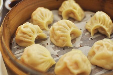 https://pixabay.com/en/dumplings-taiwan-delicious-2392893/