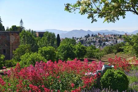 The Generalife Gardens, Granada   © MemoryCatcher / Pixabay