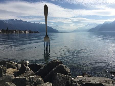 Switzerland's giant, lake-dwelling fork   © strecosa/ Pixabay