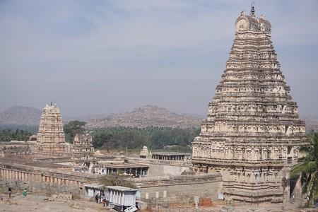 Virupaksha Temple, Hampi   © Lucy Plummer