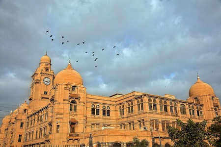 Karachi Municipal Corporation office building, Karachi | © Furqanlw/WikiCommons