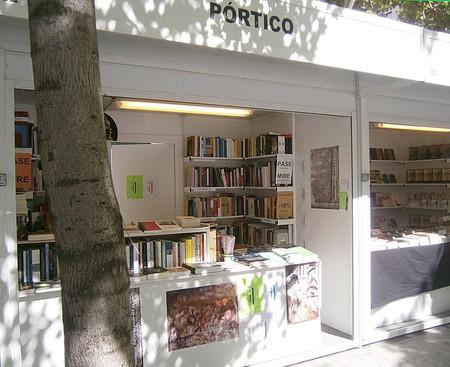Pórtico Librerías, Calle Pedro Muñoz Seca
