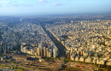 View from plane of Buenos Aires, Argentina   © Fabrizio248/Shutterstock