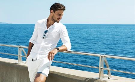 Gentleman by the beach | © kiuikson \ Shutterstock