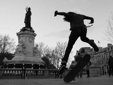 Skating in Place de la Republique | © Bonne Basile / Flickr