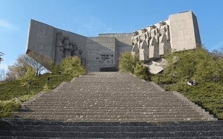 Monument of the Bulgarian-Soviet Friendship, Varna