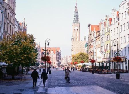 Gdansk city hall and Długi Targ street