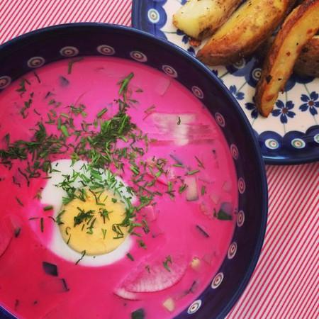 Chƚodnik (Cold Polish Beet Soup)