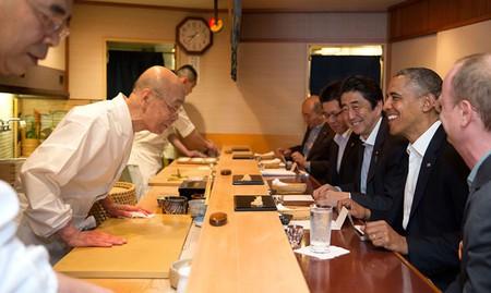 Barack Obama and Shinzo Abe at Sukyabashi Jiro April 2014