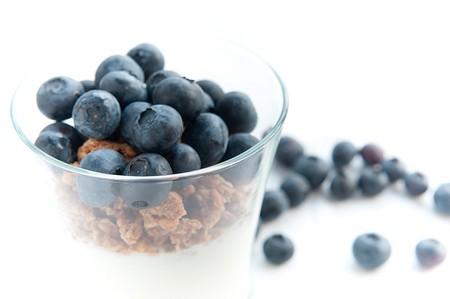 Yogurt Parfait with Granola and Blueberries