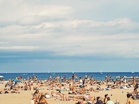 Barceloneta beach   © S S / Flickr