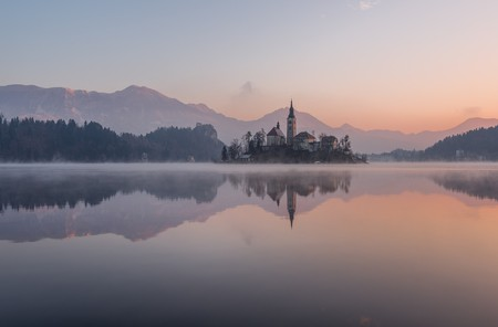 Magical Lake Bled is just one of Slovenia's breathtaking honeymoon destinations. © dreamypixel/Pixabay
