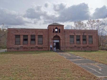 Glen Jean School