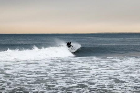 Surfing Rockaway Beach, N.Y. | © Kim Grant/Culture Trip