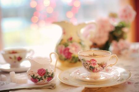 Afternoon tea in Paris is delightful   © Pixabay https://pixabay.com/en/tea-tea-party-pink-party-teapot-2107191/