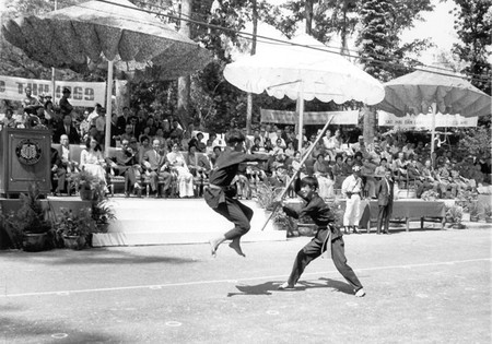 Two young students demonstrate Vovinam in 1969|©Tommy Truong79/Flickr