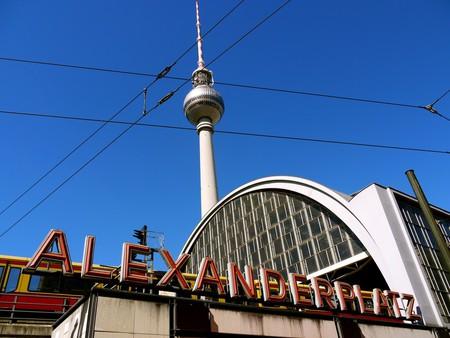The Best Pizzerias In And Around Alexanderplatz Berlin
