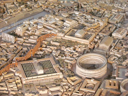 Gismondi's model includes the Colosseum and the Aurelian Walls