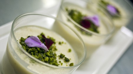Rice pudding with pistachios