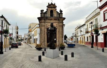 "Statue of Jerezana flamenco singer ""La Paquera"" in Jerez's San Miguel neighbourhood"