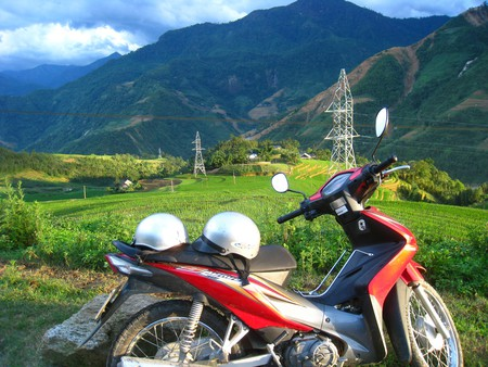 Motorbike ride with a view in Vietnam