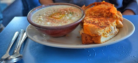 Mo's makes Oregon's most famous clam chowder