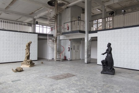 On Monumental Silences at Antwerp's Kunsthal Extra City