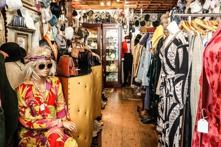High-end vintage designer threads, rare vinyl records, antiques for the home or funky second-hand finds, Sydney has it all.