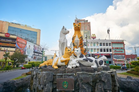 Kuching's iconic statue of cats in the city centre