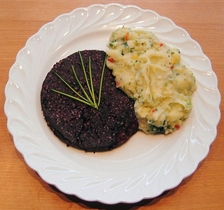 Panhas with potato mash