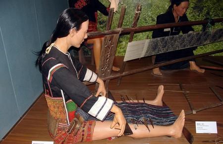 Representation of a Li woman weaving. Hainan Museum of Intangible Cultural Heritage