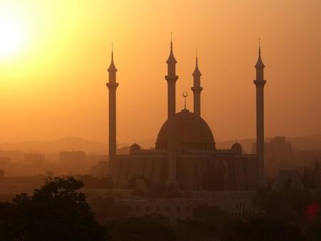 Abuja National Mosque during the Harmattan