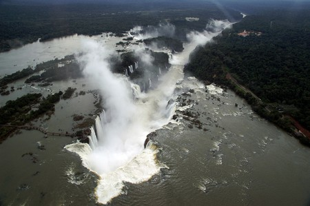The Iguazu Gap from above